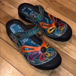 LIKE NEW Spring step shoe sandals flats heels